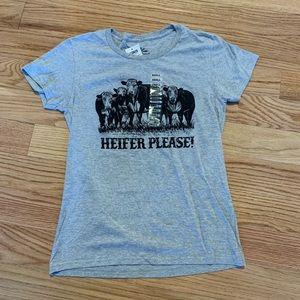 Tops - NWT Ladies Cow T- Shirt